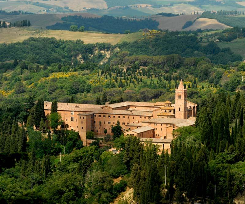 abbazia_monte_oliveto_maggiore_01
