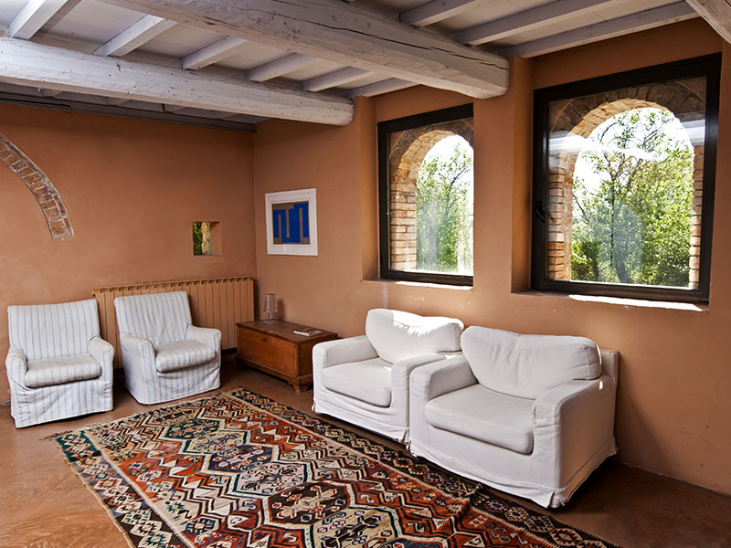 spineto-abbazia-cerchiaia-soggiorno
