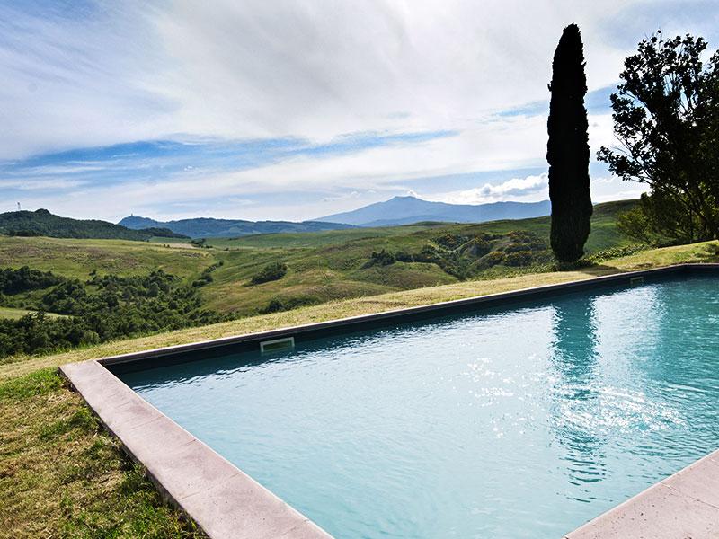 spineto-abbazia-poderuccio-piscina