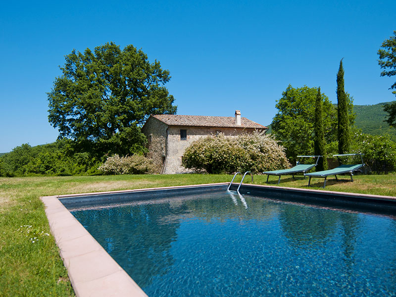 spineto-abbazia-porcareccia-piscina