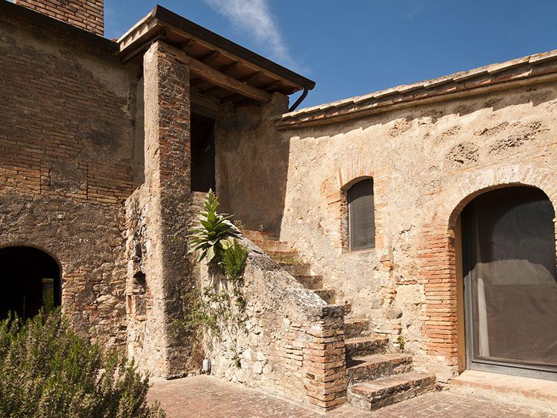 spineto-abbazia-sassetto-esterno-04