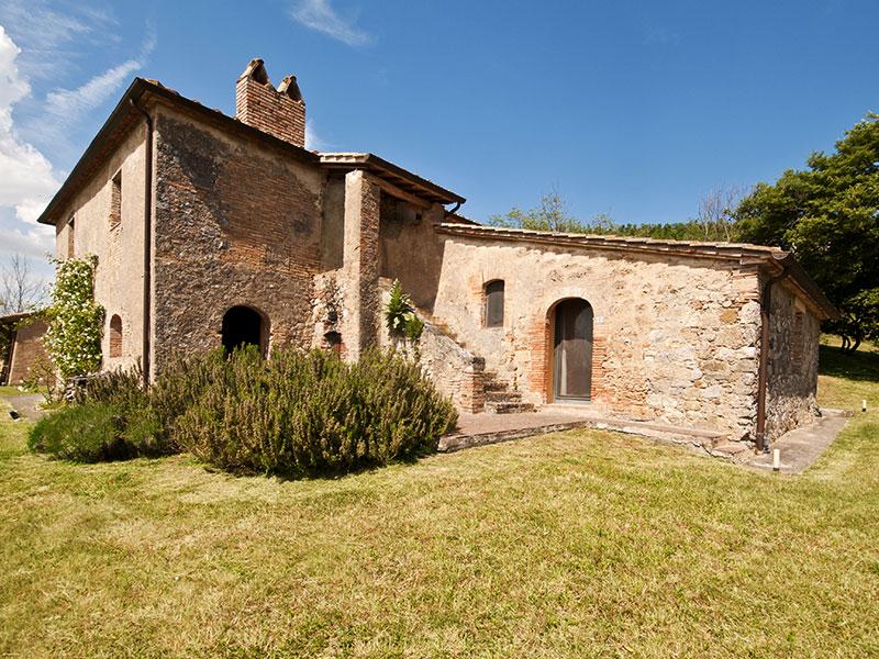spineto-abbazia-sassetto-esterno