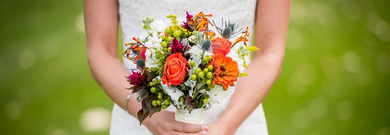 Bouquet Sposa Quali Fiori.Quale Bouquet Scegliere Per Il Proprio Matrimonio Abbazia Di Spineto