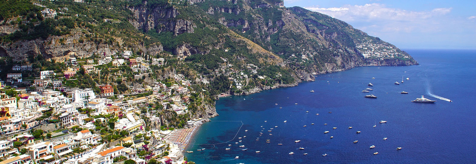 La veduta della Costa d'Amalfi da Ravello