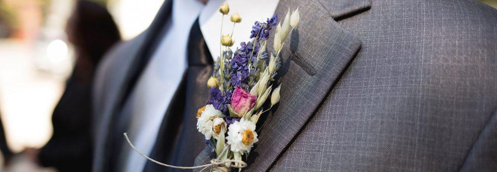 fiore all occhiello dello sposo